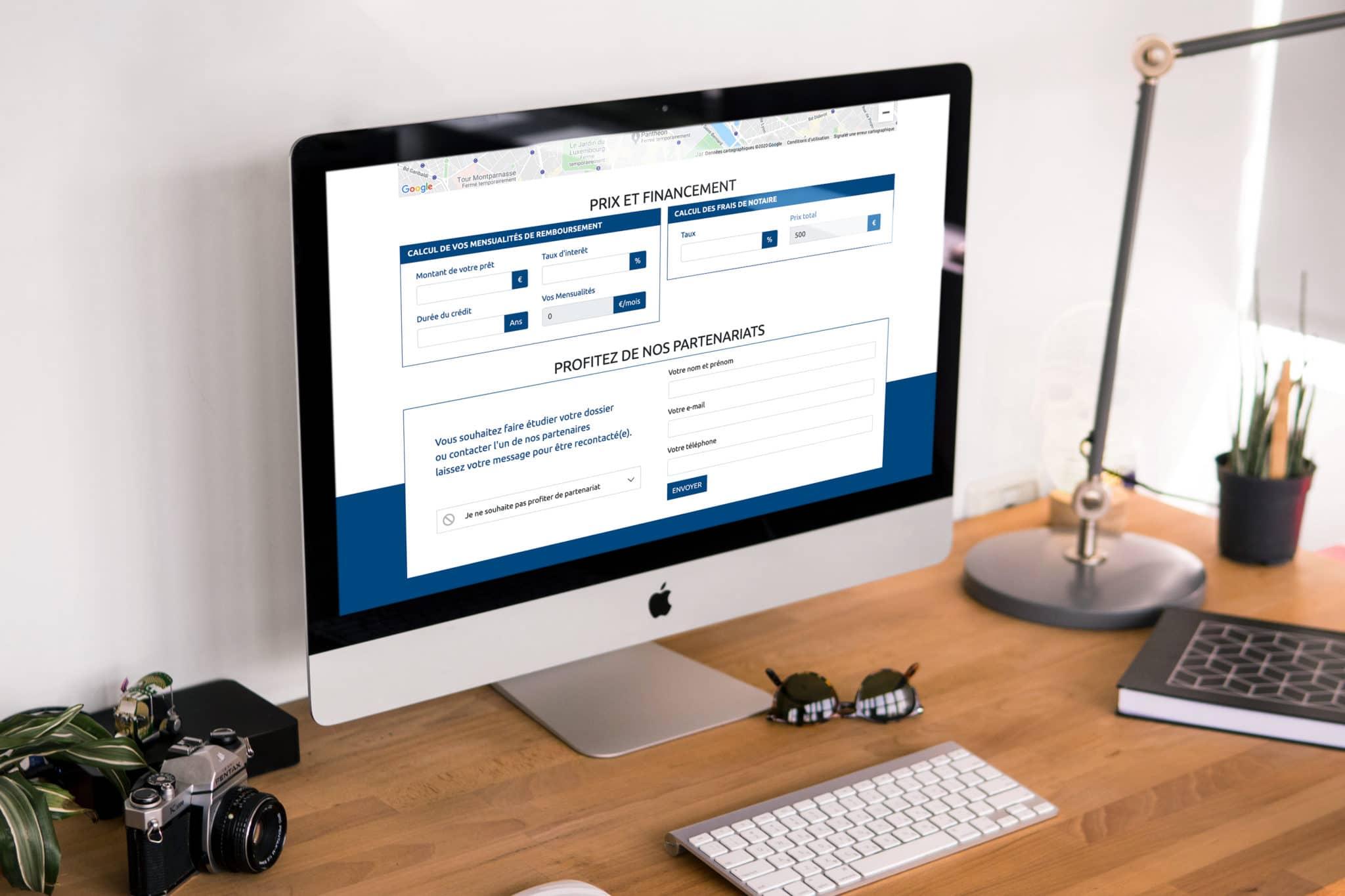 Mise en situation des modules de calcul de mensualité et frais de notaire dans un écran d'ordinateur